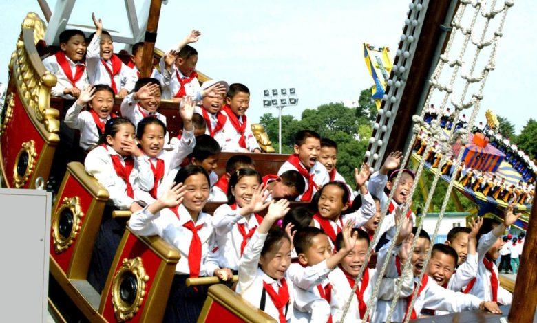 Schoolchildren enjoying at various establishments for cultural and leisure activities